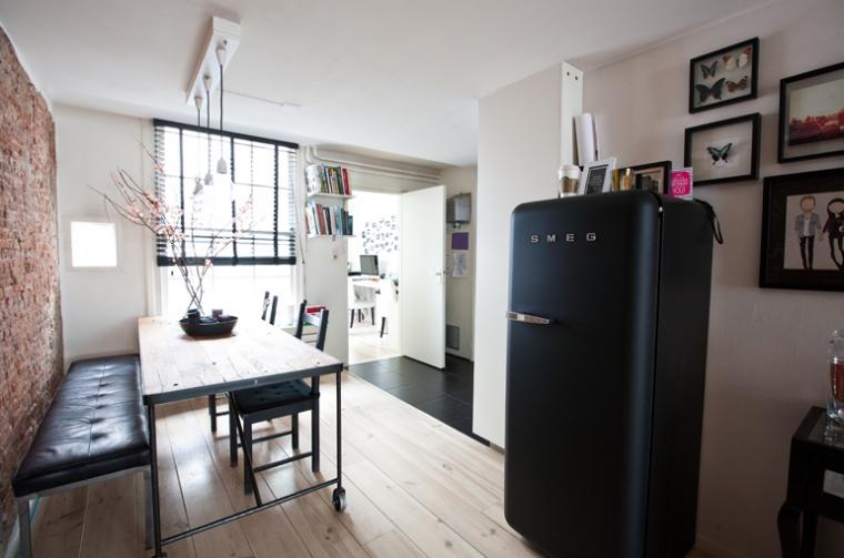 Retro Smeg Koelkast : Zwarte smeg koelkast