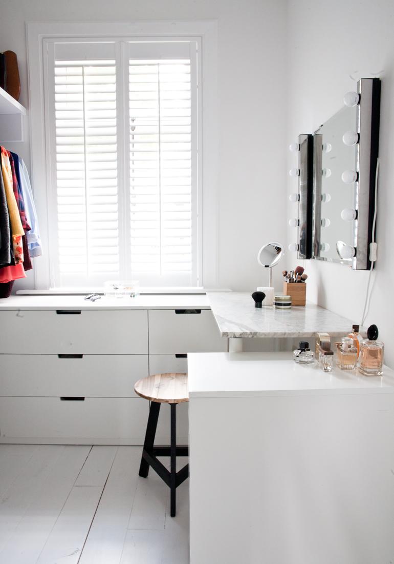 Nieuw Zo creëer je je eigen make-uphoekje in huis - INTERIOR JUNKIE MC-62