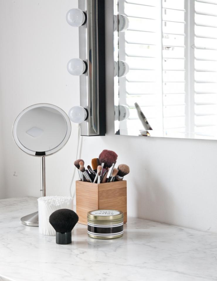 Binnenkijken bij fleur en nick in nijmegen interior junkie for Staande spiegel xenos