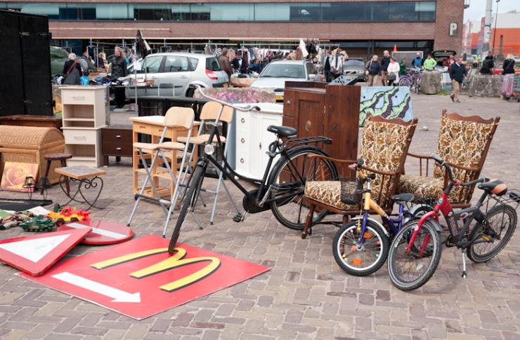 Struinen op de IJ-hallen in Amsterdam