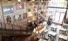 Gespot in The Bistrot: coole bakstenen muur