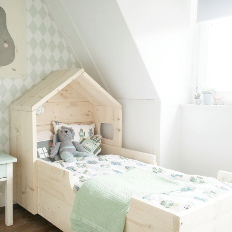 14x inspiratie voor een mooie jongenskamer interior junkie - Gordijn voor baby kamer ...