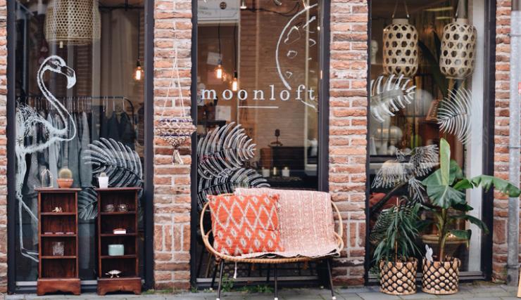 Woonwinkelen bij Moonl...
