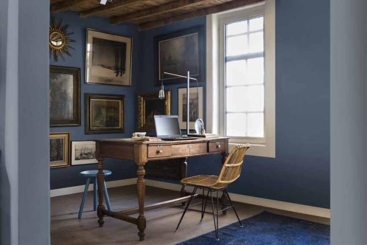 Trendkleur Diep Blauw : Kleur van het jaar 2017: denim drift interior junkie