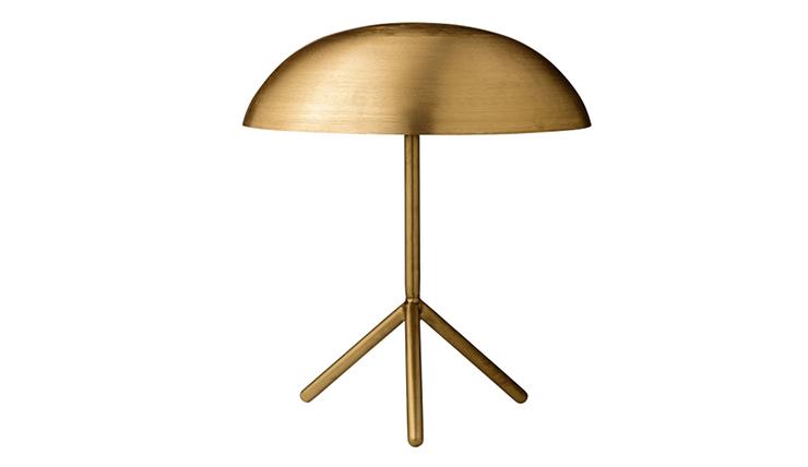 Hoe leuk is deze gouden tafellamp met bol kapje en driepoot