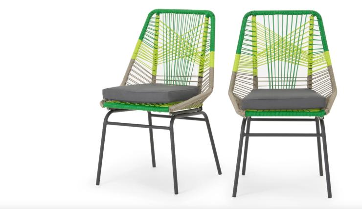 Fleur buiten op met deze vrolijke stoelen interior junkie for Buiten stoelen