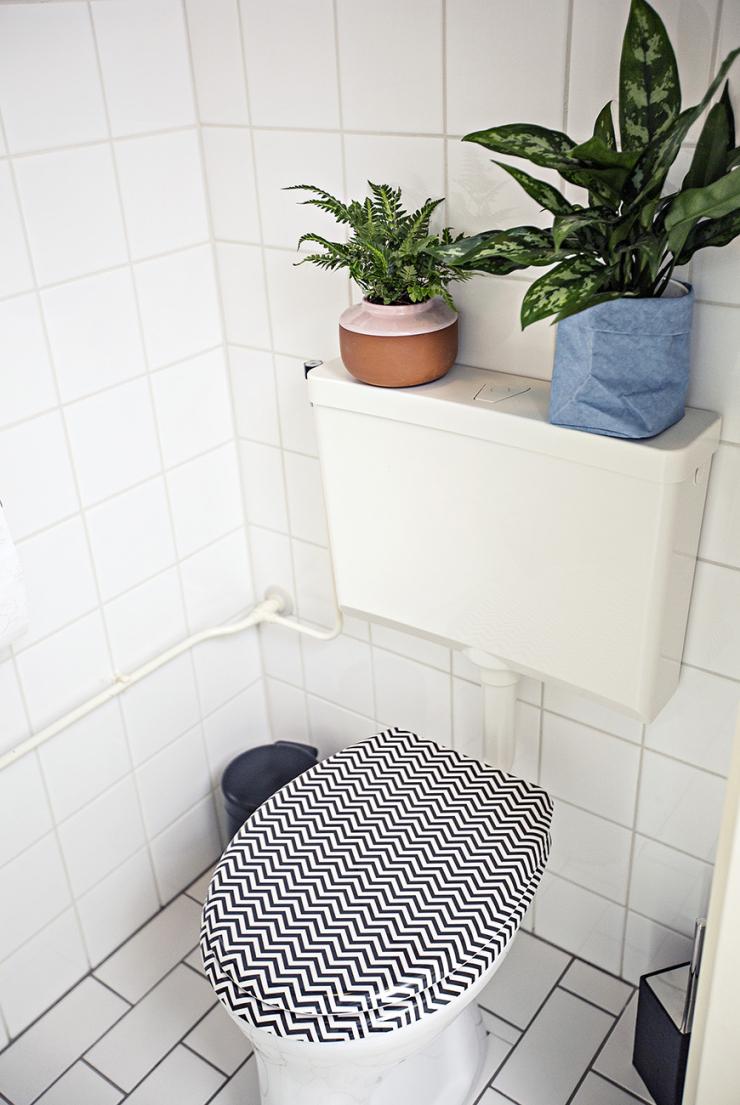 Het resultaat van de grote wc make over interior junkie for Spiegel voor in de wc