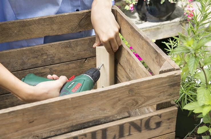 Balkon DIY: maak je eigen mobiele moestuintje