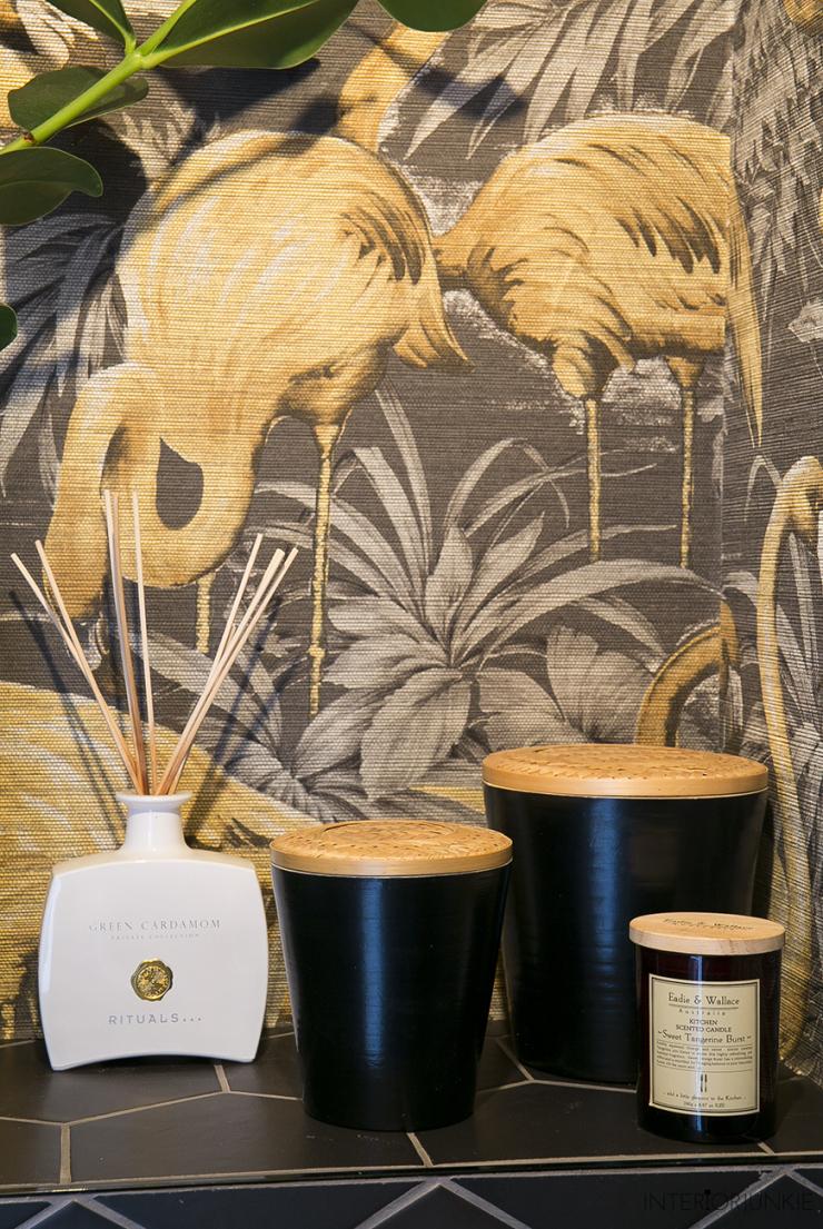 Een kijkje in mijn toilet vol flamingo 39 s interior junkie for Een doosje vol geluk waar te koop