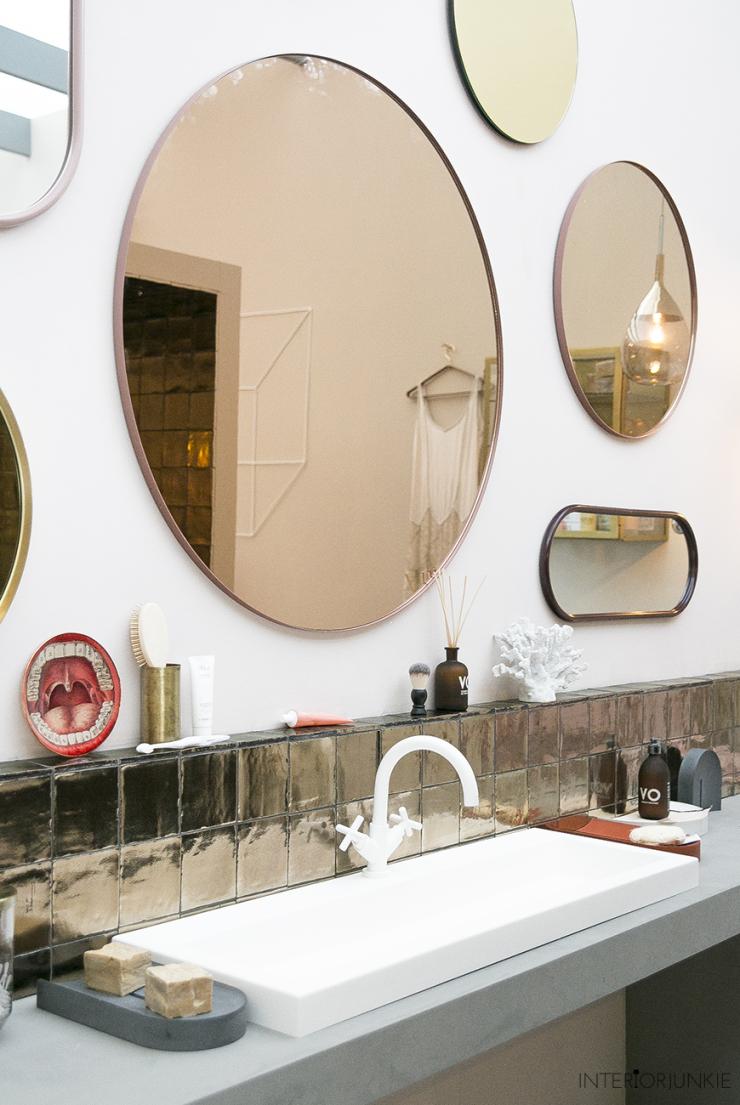 Wonderlijk Zo style je een ronde spiegel in huis - INTERIOR JUNKIE QT-56