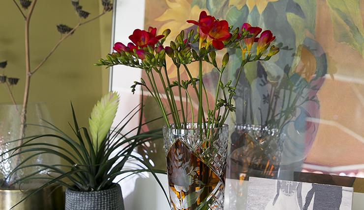 Bloemen inspiratie: pronken met de freesia in huis-inspiratie-interiorjunkie-5