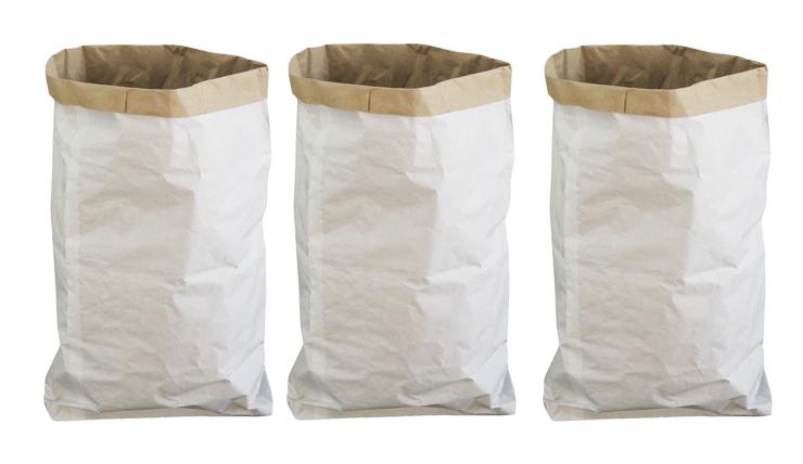 Papier, eh... spullen hier met deze paper bagPapier, eh... spullen hier met deze paper bag