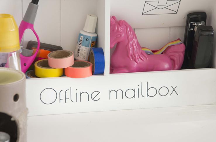 De mailbox komt van Blokker, de eenhoorn komt van H&M.