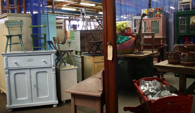 Amsterdam Noord Tweedehands Meubels.De Leukste Kringloopwinkels En Vintage Shops Interior Junkie
