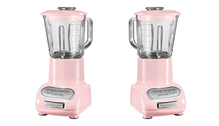 Voeg wat roze toe aan je stek met deze blender