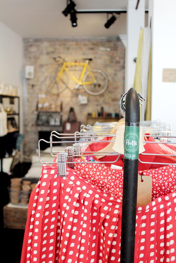 Winkelen in Deventer en smullen van kruidenkoek bij Flotte