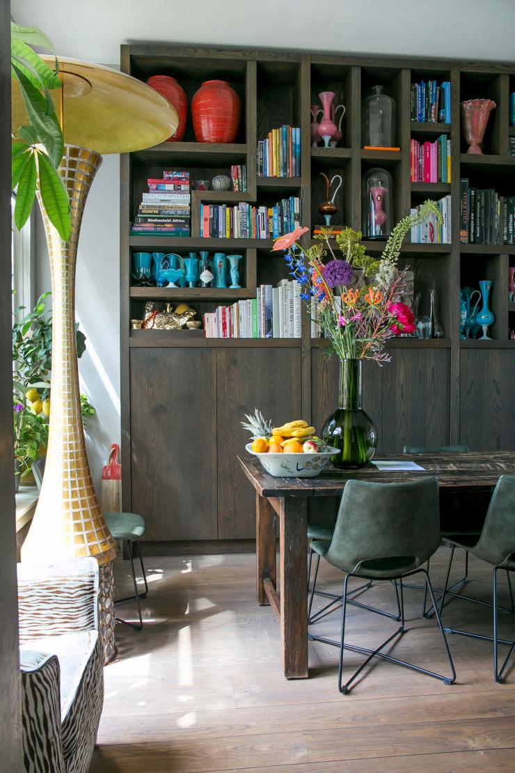 Creëer extra opbergruimte met een kast tot aan het plafond