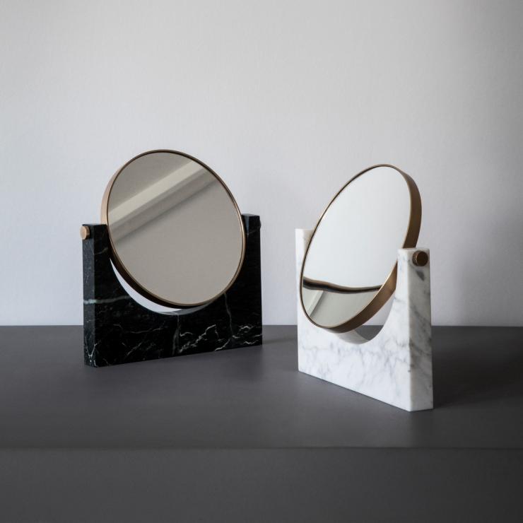 Spiegeltje aan de wand - Scandinaviandesigncenter