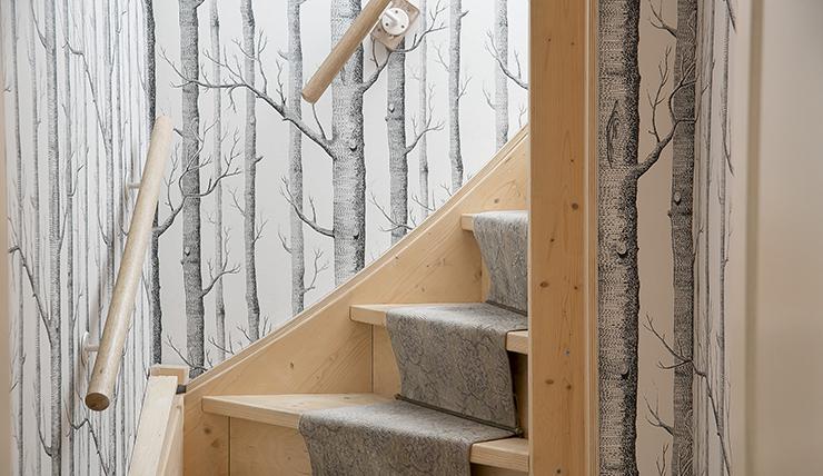Leuke trap inspiratie: trapbekleding van restjes tapijt interior