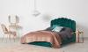 Mijn woonfavorieten: fluwelen bed en kittige theedoek
