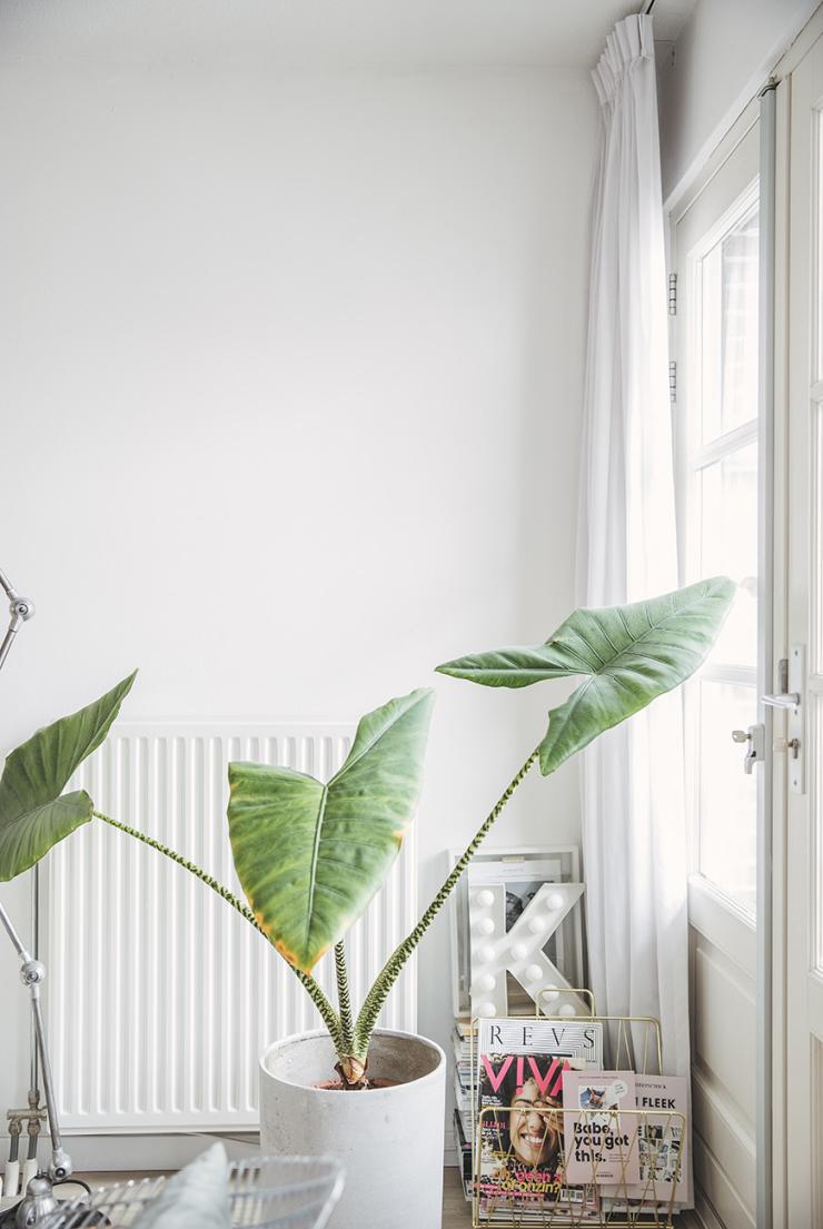 Thuis bij Kiki in een romantisch interieur vol poedertinten en messing