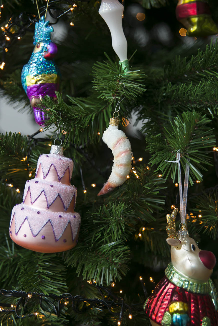 Mijn XXL kitscherige kerstboom staat weer