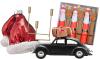 Woonfavorieten: kitscherige kersthanger en messing kandelaar