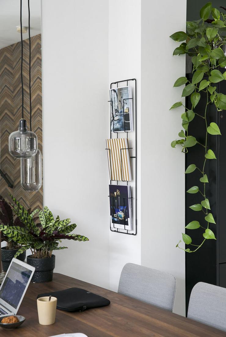 City chic wonen in het huis van interieurdesigner Linn