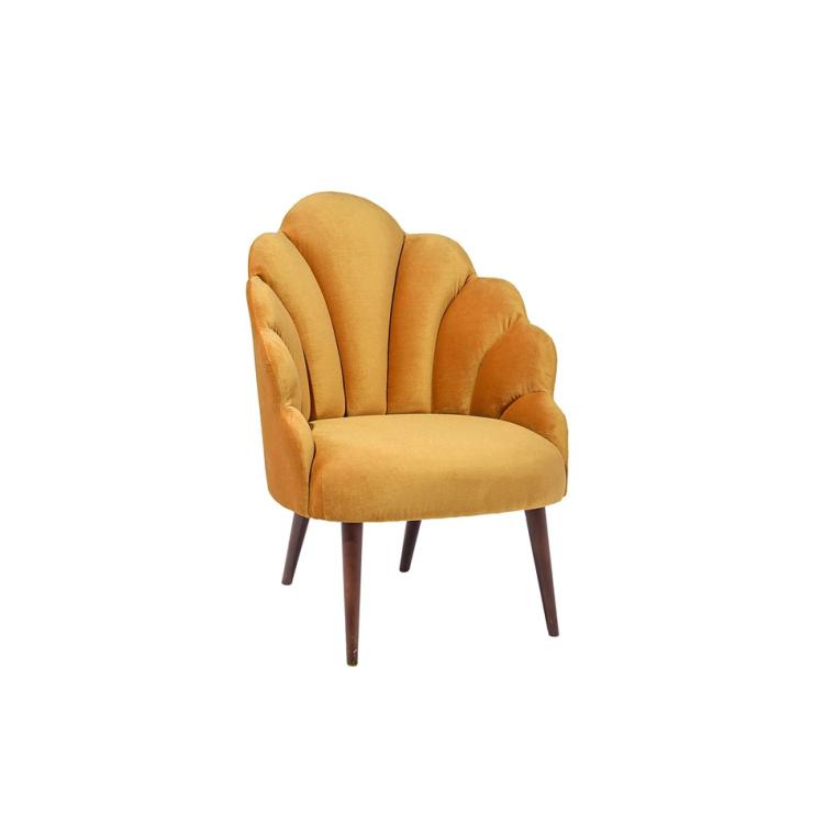 Woonfavorieten: fluwelen stoel + messing kapstok