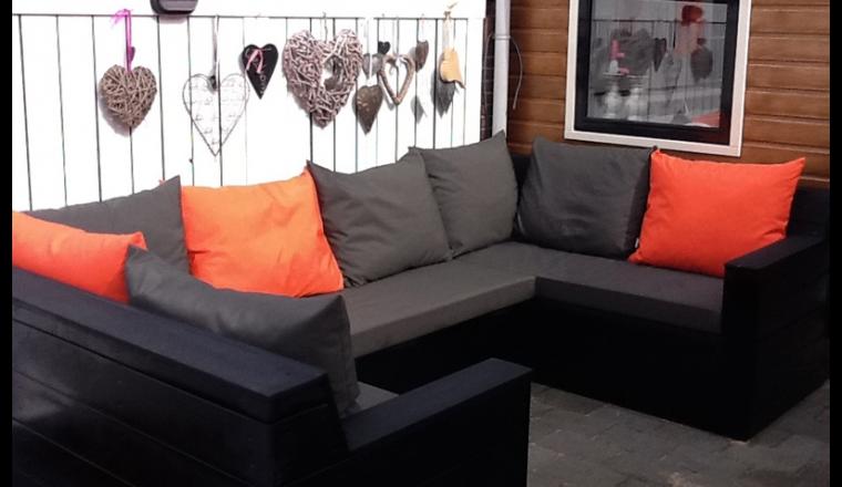 Kussen Op Maat : Een perfecte loungeset verdient kussens op maat damespraatjes