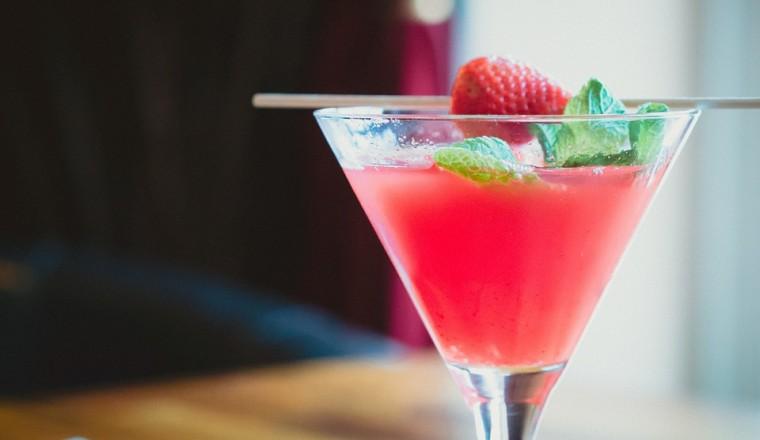 Hoeveel calorieën zitten er in je favoriete cocktail?