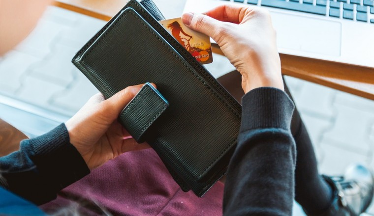 Wat moet je weten als je een creditcard gaat aanvragen?