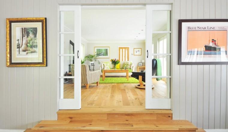 Zo breng je zomerse kleurtjes in je interieur!