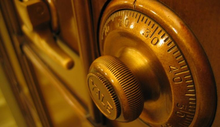 Waardevolle spullen in huis? Met een kluis voor in huis houd je ze veilig