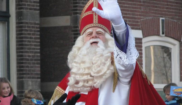 Geen dichttalent? Met deze tips schrijf zelfs JIJ een origineel Sinterklaasgedicht!