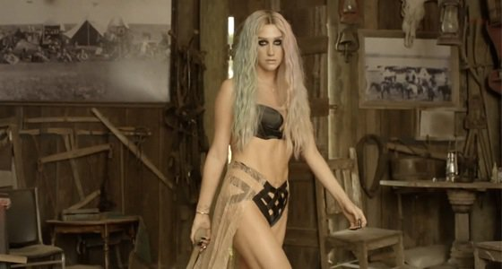 kesha-pitbull-timber-official-video-premiere-youtube-stream-copy-2