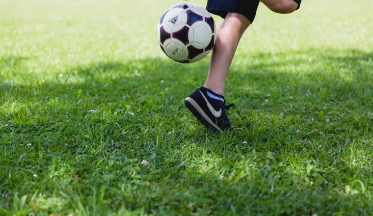 Betaalbare (officiële!) voetbaltenue's van bekende clubs kopen? Het kan wél!