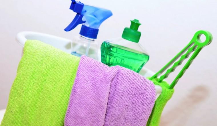 Mogen vieze schoonmaakdoekjes bij de gewone was?