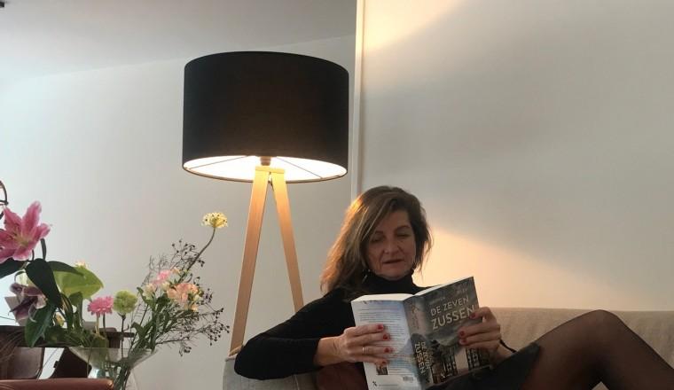 Sandra leest de zeven zussen
